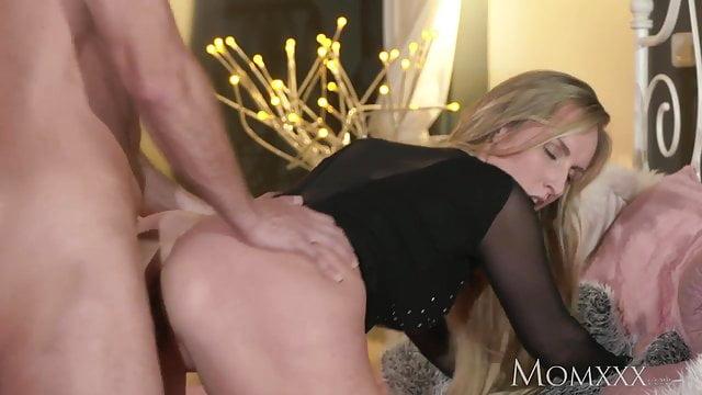 Wife in bikini video