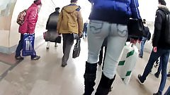 ass in jeans in metro
