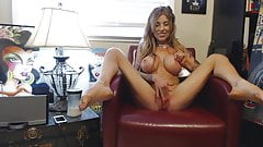 Young MILF's alone time