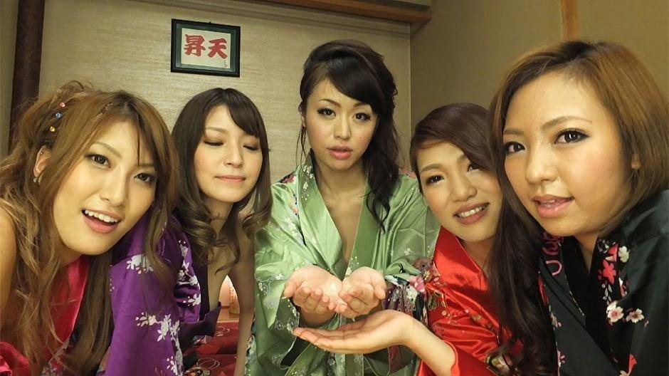 Japanese wives, Hikari and Kaede Niiyama made some porn, unc