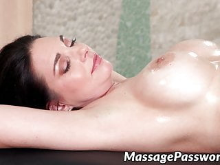 Liv Revamped and Mindi Mink fuck after a massage session