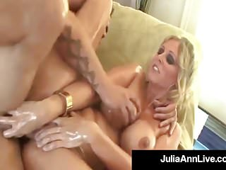 Hot Cougars Julia Ann & Lisa Ann Oil Up & Bang 2 Big Cocks!