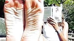 Wrinkled Sole Flexing