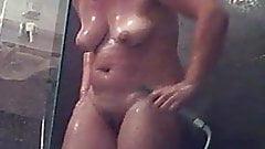 Hidden Shower spy a guest 01
