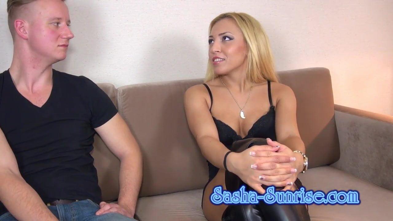 Sasha Sunrise bekommt nen Anal Orgasmus