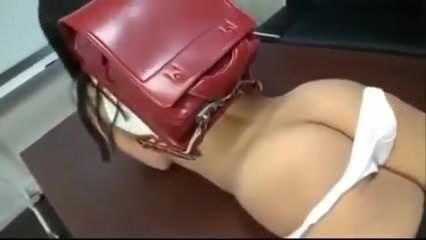Cute emo chick sucking dick