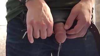 Caught - Guy Pissing (hot hot cockhead)