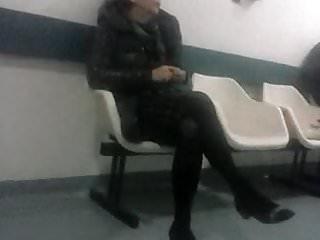 Hot mature bitch in black pantyhose