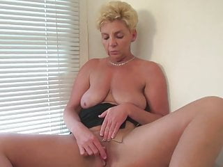 Rosie Jones India