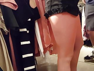 Candid voyeur teen tight body shopping with boyfriend