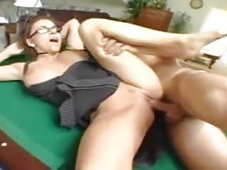 Victoria Valentino fucked on the pool table