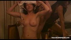 Ria Vandervis - Underbelly S02E06