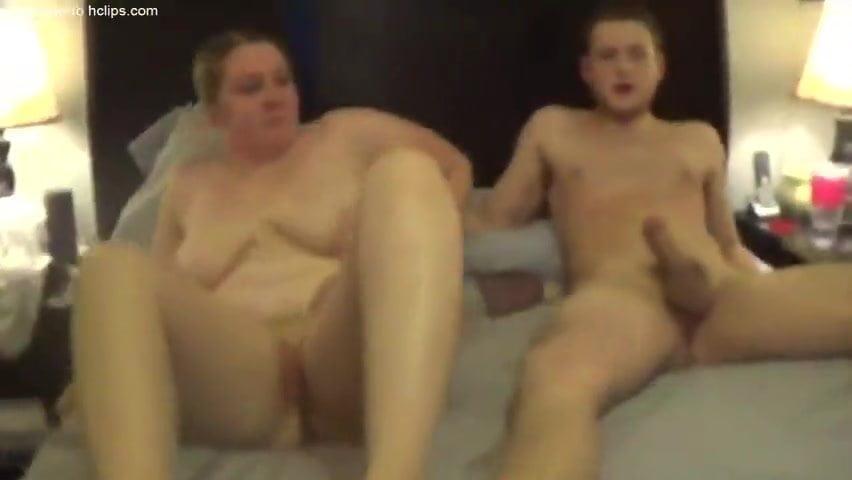 Cockhold amateur interracial video