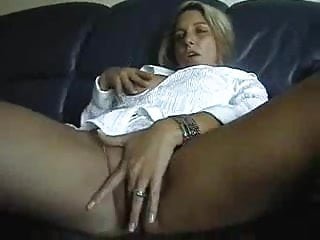 Mature post thumbnail - Blonde milf post bote