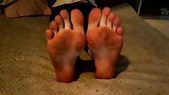 Teen sister's dirty feet