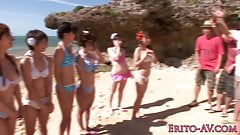 Japanese bikini babe creampied outdoors