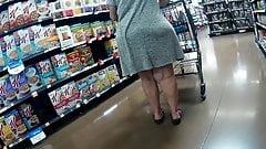 Big booty Grandma teasing for dick(Playtime)