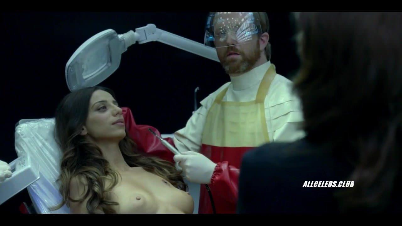 Angela Sarafyan Tits thandie newton and angela sarafyan in westworld - s01e07