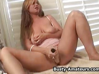 Busty amateur Violet squirts while masturbating her pussy