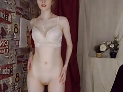 Cam Girl Shows her Shaved Beaver for Tokens