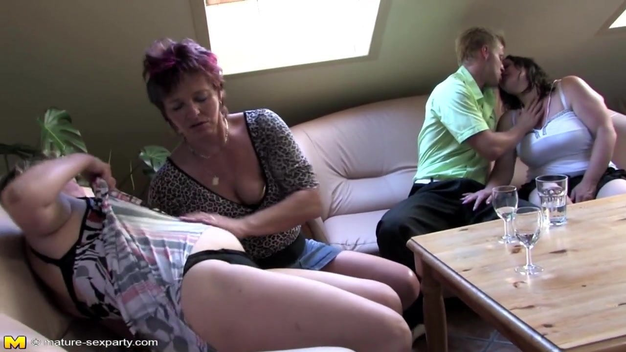 Private Amateur Sex Party With Mature Moms Free Hd Porn 51-5316