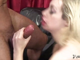 Sexy Blonde Chessie Kay Gets Fucked Hard Doggystyle