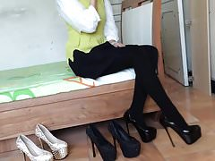 Girl wear hot high heels