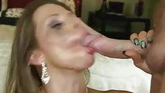Bridesmaid can really suck cock!
