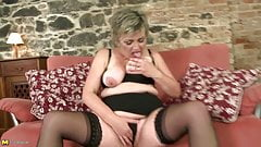 Dirty Euro moms and wifes need a good fuck