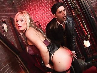 Faith nelson jeans blowjob - Hunk paul chaplin bangs babes tyler faith and foxy and in a dungeon
