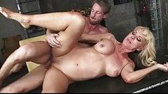 Horny milf likes riding cock