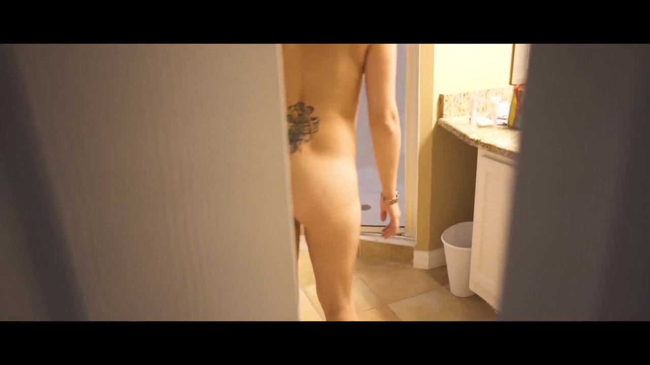 Live moving naked girl images