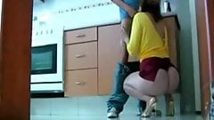 turkish sub friens mom threat-