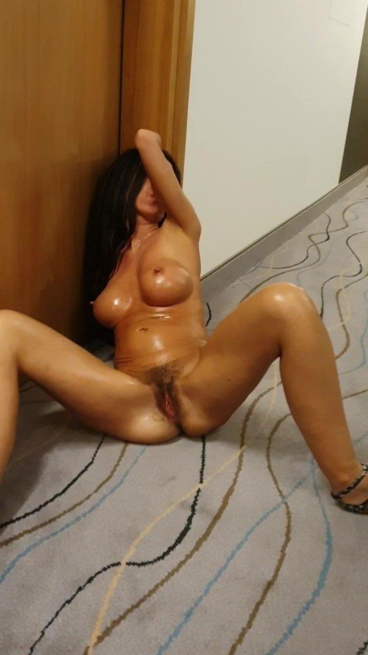 international porn housewife Nude