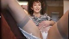 Kate Bush rubs panties