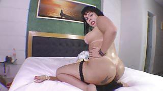 Tied Slave - Facesitting Soraya Carioca Enourmous Butt