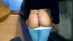 Ela voltou Sara Casada com legging socada