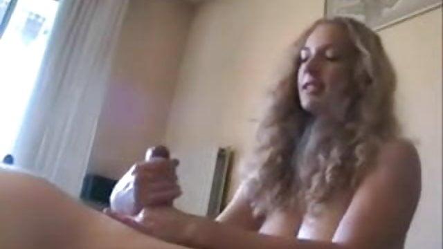 Free porn video lesbian threesome