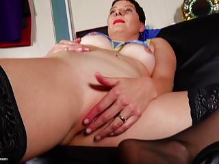 Mature mom next door with very hungry cunt