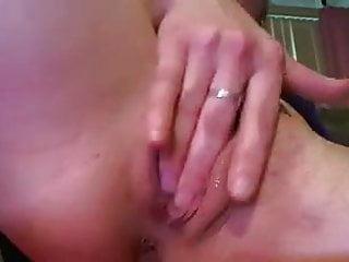 Amputee Cam Girl Masturbates