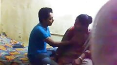 Neibour bhabi fucked by young boy's Thumb