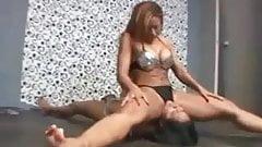 long lesbian facesitting on the floor