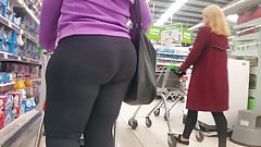 Wide BBW Booty.