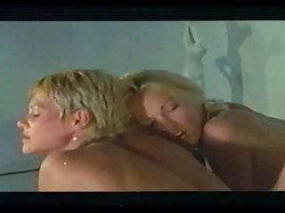 Brigitte Lahaie in Scene 4 - Hurlements d extase (1980)