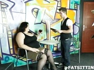 Smothering tranny - Nothing but intense and heavy face smothering
