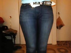 Big booty ass in tight Levis denim jeans