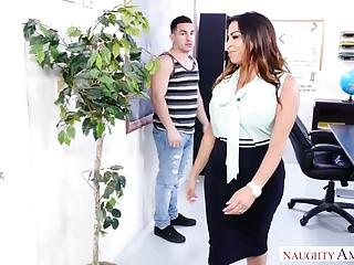 Naughty America Fat Ass Latina Teacher Fucks Her Student