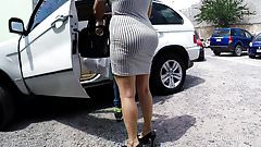 MILF WITH BIG ASS IN TIGHT DRESS. HUGE BOOTY