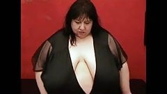BBW with a giant Titts R20