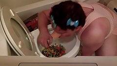 Toilet Cereal Loser Piggy Ashley Cocks